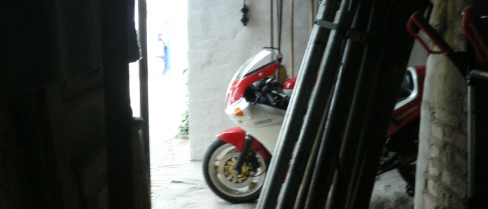 Ducati 851 tricolore 1988 for rental hire classic motorcycle touring