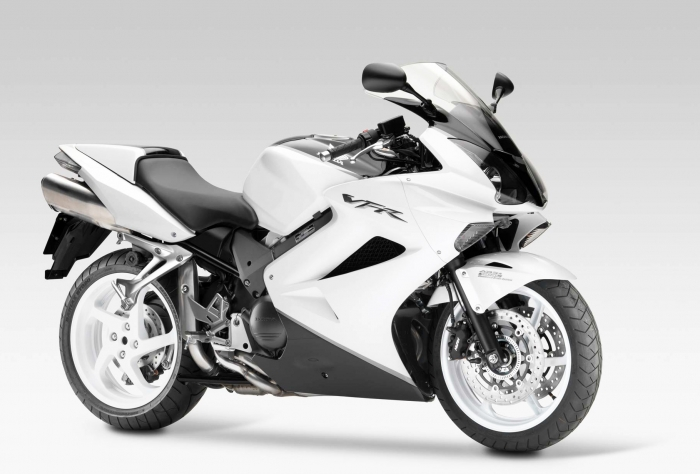 motorcycle designer freelance contract project work experienced Honda motorcycle design - Honda VFR800